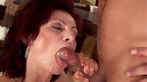 Wanda Lynn - czech mature, hardcore fucking, mastrubate with the addition of squirting