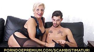 SCAMBISTI MATURI - Hardcore ass shafting with Italian blonde granny Shadow