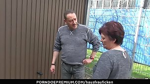 HAUSFRAU FICKEN - BBW Amateur German granny wife enjoys hardcore sex innings