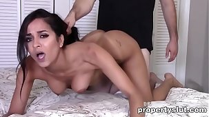 Propertyslut- Hot Milf fucked unchanging by Home Inspector