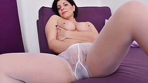Curvy milf Nicol needs all over touch their way nyloned pussy