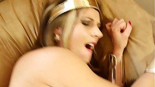 Wonder Dame Whore HD