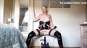 Homemade Amateur Mature Wife Fucking Machine Compilation