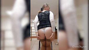 Flashing no panties in office in the midst of a working day