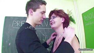 Female MILF Teacher Shows Him how all over get Pregnant