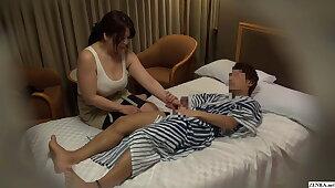 Japanese hotel massage – BBW masseuse gives handjob
