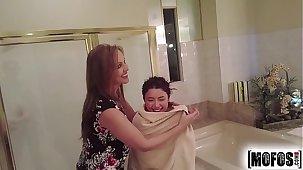 Mofos.com - Daisy Julia - Busted Babysitters