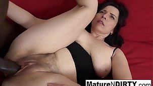 Mature with humble heart of hearts gets a creampie in the brush hairy pussy!